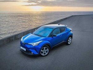 Объявлены российские цены нового кроссовера Toyota C-HR