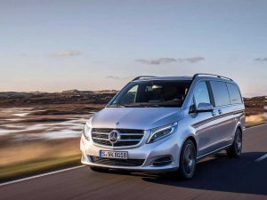 В Mercedes-Benz V-класса самопроизвольно срабатывают подушки безопасности