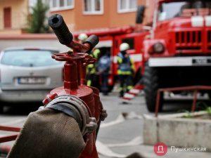 Сгорим все: зачем в Москве хотять сузить проезды для пожарных машин